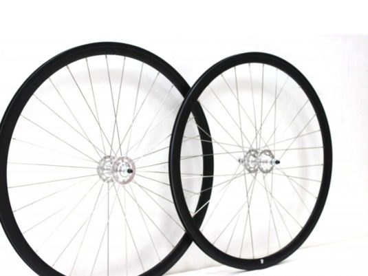 set-ruedas-dp18-negro-plata5